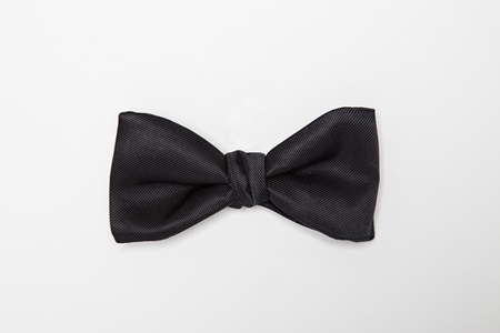 Picture of Black Modern Solid Bow Tie